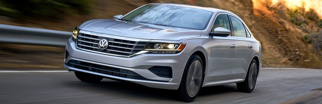 2020 Volkswagen Passat in Inver grove heights