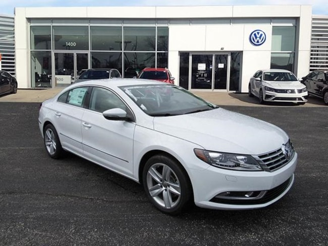 New luxury vehicles 2017 Volkswagen CC 2.0T Sport w/PZEV Sedan for sale near you in Milwaukee, WI