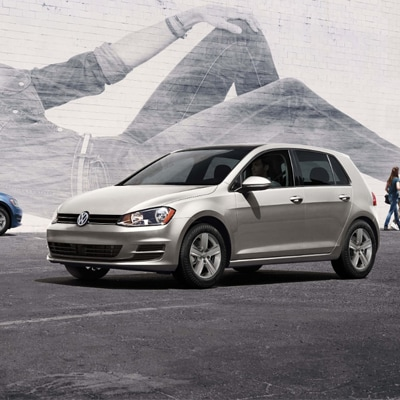 Volkswagen Golf Interior and Exterior Vehicle Features
