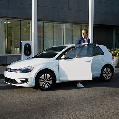 Volkswagen e-Golf Interior and Exterior Vehicle Features
