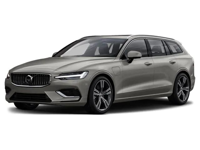 2020 Volvo V60 vs. 2019 Volkswagen Golf