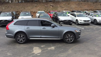 certified used 2017 volvo v90 cross country for sale | berwyn pa