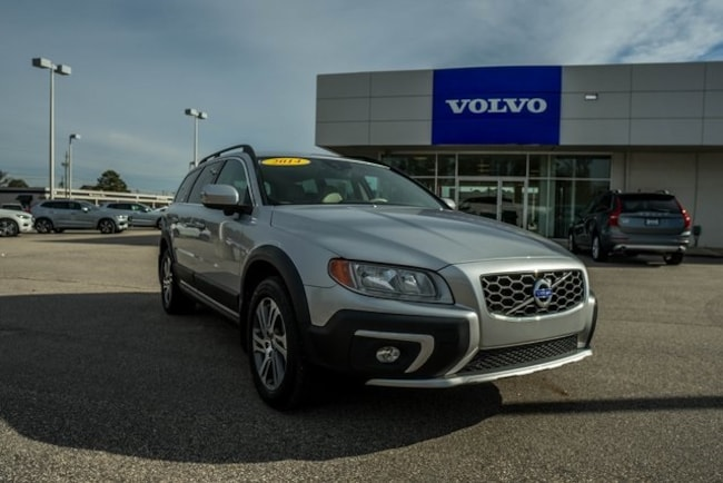 Used 2014 Volvo XC70 3.2 Wagon for sale in Fayetteville, NC