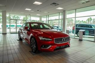 New 2019 Volvo S60 T5 Inscription Sedan in Fayetteville, NC