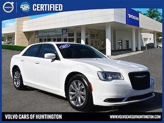 Certified Pre-Owned 2017 Chrysler 300 Limited Sedan for sale on Long Island