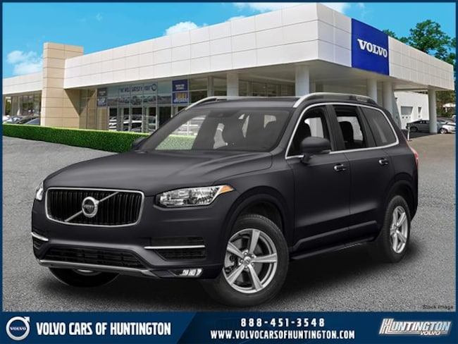 2018 Volvo XC90 T6 AWD Momentum (7 Passenger) SUV for sale on Long Island
