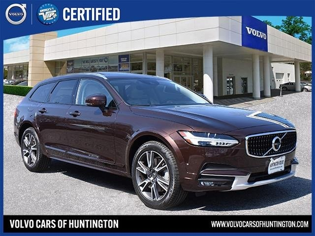 2017 Volvo V90 Cross Country T6 AWD Wagon for sale in Huntington, NY