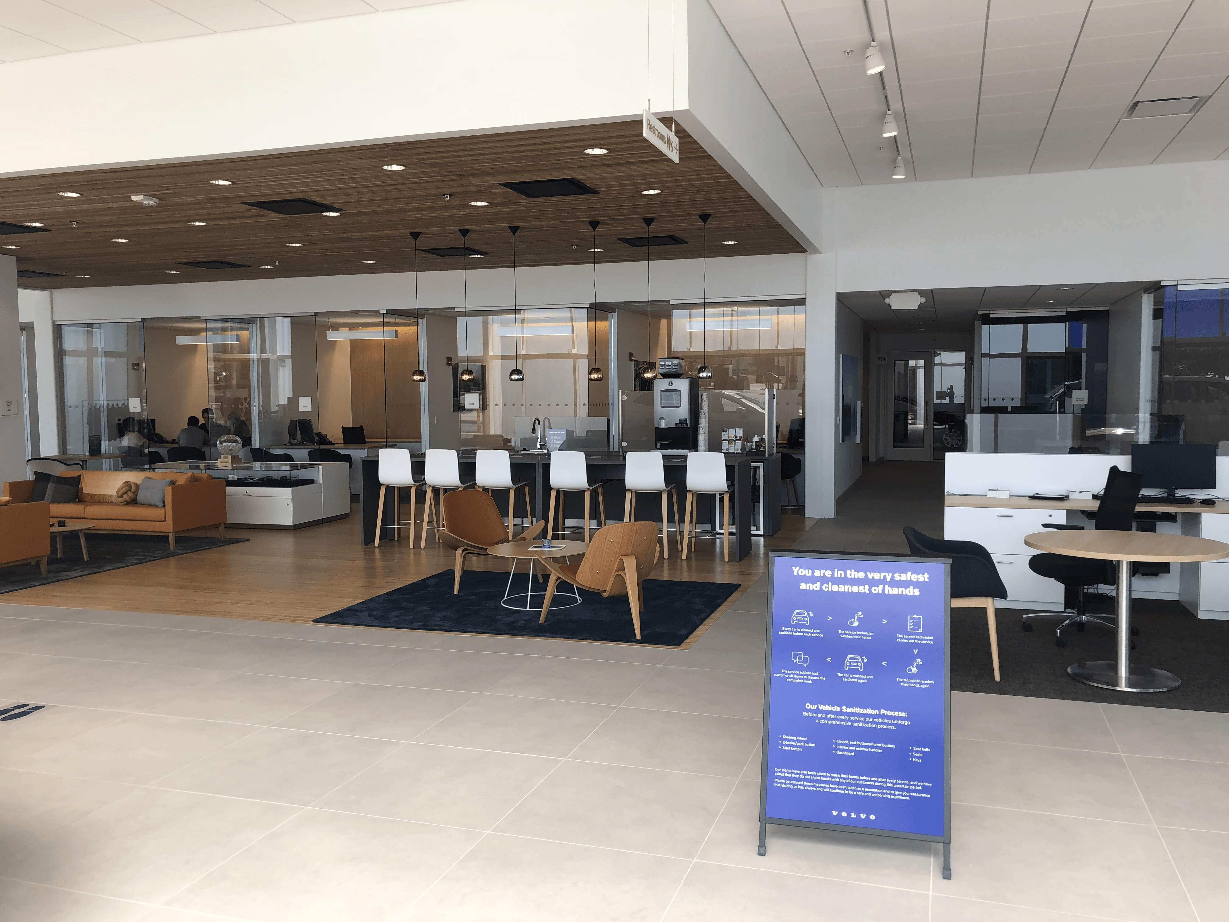 Premier Volvo Cars of Overland Park Guest Lounges