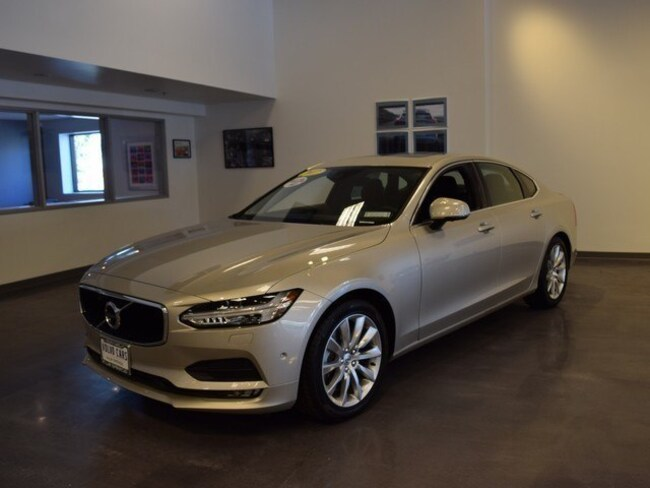 Used 2017 Volvo S90 T6 AWD Momentum Sedan for sale in Cathedral City, CA