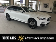 New Volvo Cars  2018 Volvo V90 Cross Country T6 AWD Wagon for sale in Hyannis, MA