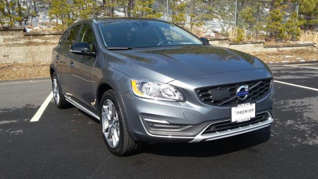 Featured Pre-Owned 2018 Volvo V60 Cross Country T5 AWD Wagon for sale in Plymouth, MA