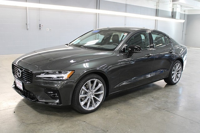 Featured new 2021 Volvo S60 T5 Momentum Sedan for sale in Sioux Falls, SD