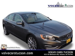 2016 Volvo S60 T5 Platinum Inscription Sedan LYV402FM0GB112673