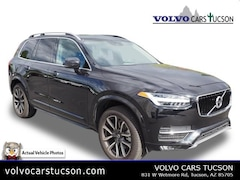 2018 Volvo XC90 T5 FWD Momentum (5 Passenger) SUV YV4102KKXJ1322801