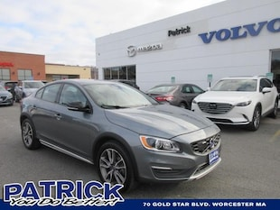 2016 Volvo S60 Cross Country 4dr Sdn T5 Platinum Car