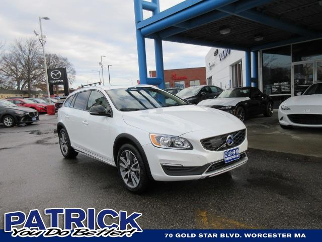 2018 Volvo V60 Cross Country T5 AWD Station Wagon