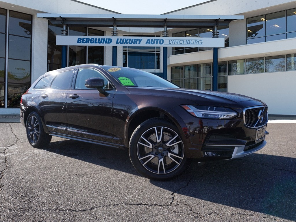 Used 2017 Volvo V90 Cross Country T6 AWD Wagon For Sale In Lynchburg, VA