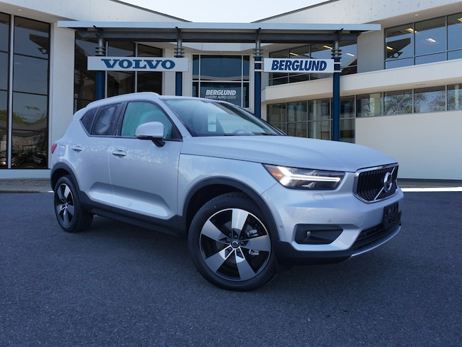 New 2019 Volvo XC40 T5 Momentum SUV For Sale/Lease Lynchburg