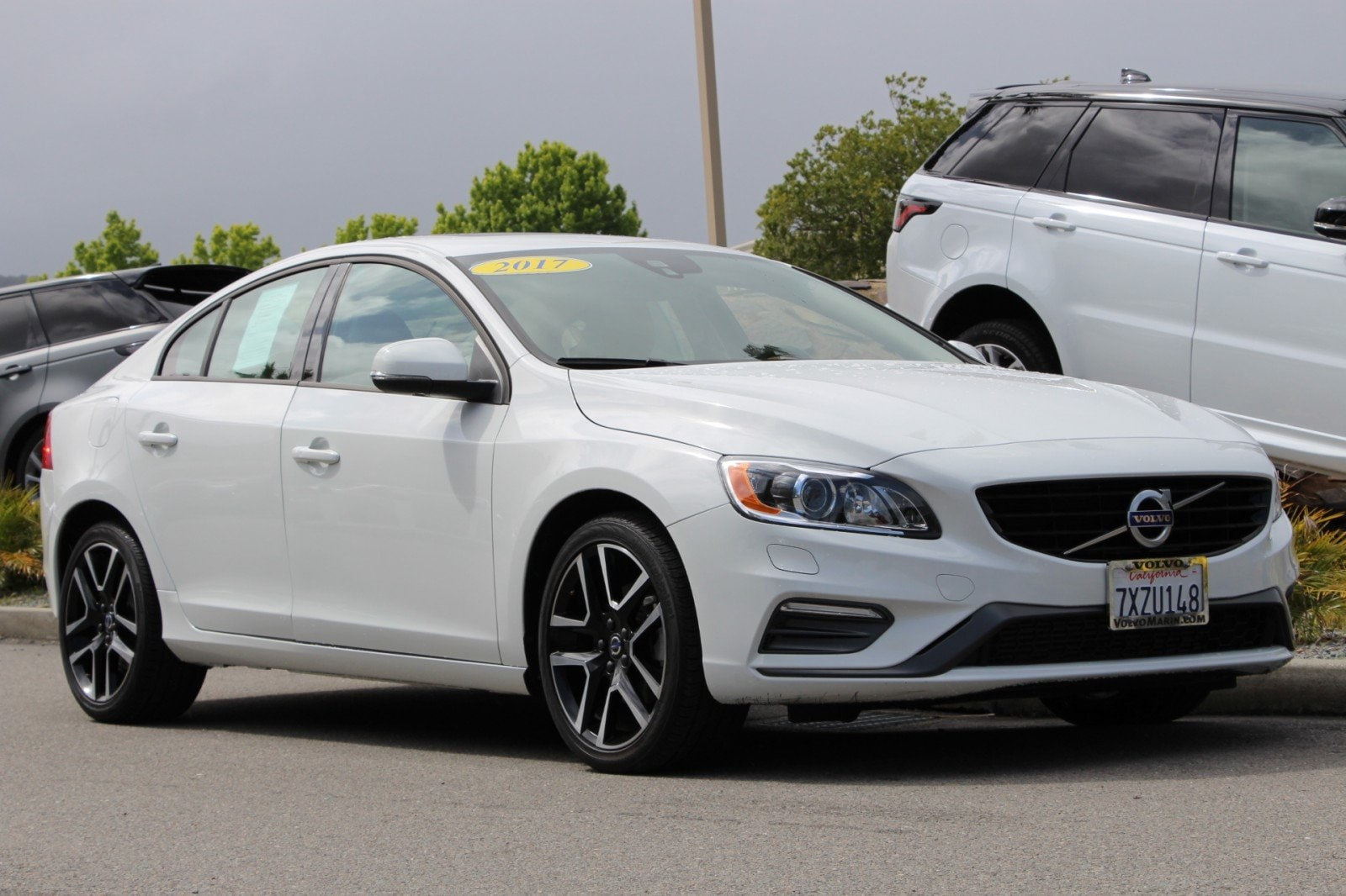 Pre-Owned 2017 Volvo S60 T5 FWD Dynamic Sedan 17126XL in Corte Madera, CA