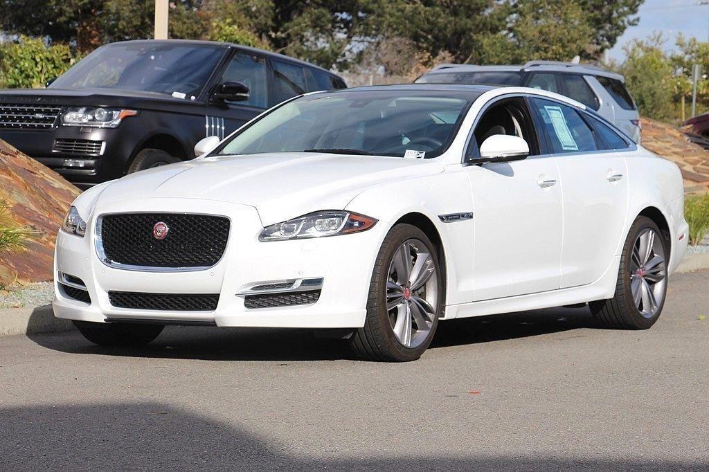 2016 Jaguar XJ Supercharged Sedan