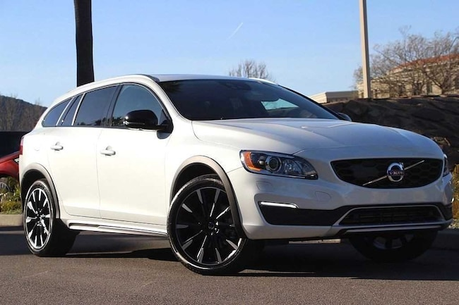 New 2018 Volvo V60 Cross Country T5 AWD Platinum Wagon For Sale/Lease Corte Madera, CA