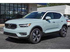 New 2019 Volvo XC40 T5 Momentum SUV YV4162UK7K2119078 for sale/lease in Athens, GA