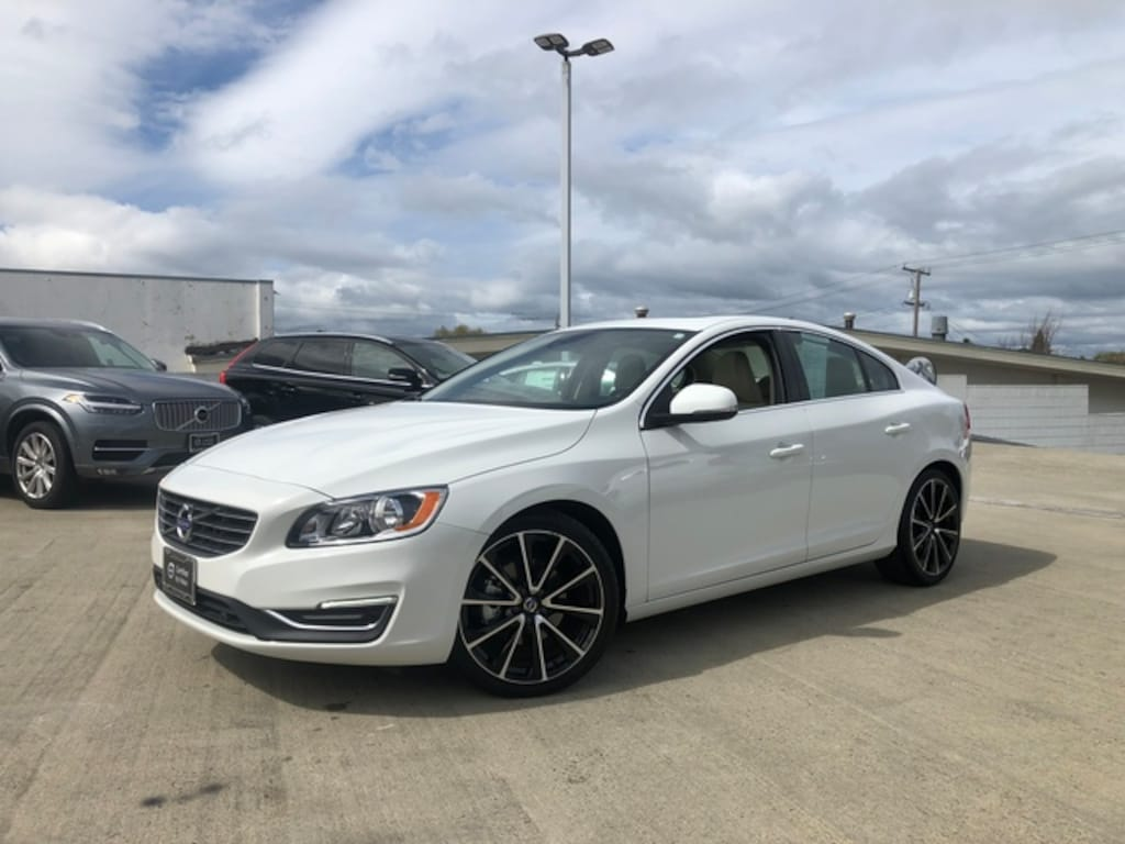 2016 Volvo S60 T5 Drive-E Premier FWD Sedan For Sale in Burlingame Near San  Francisco | YV126MFK5G2392344