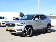 New Volvo Models for sale 2019 Volvo XC40 T4 Inscription SUV YV4AC2HL9K2108479 in Burlingame, CA