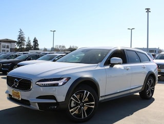 2018 Volvo V90 Cross Country T5 AWD Wagon YV4102NK0J1028299