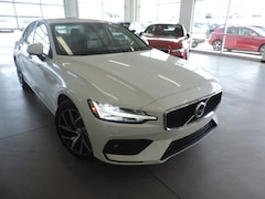 New 2019 Volvo S60 T5 Momentum Sedan 7JR102FK8KG008786 for sale in Burlington NC at Volvo Cars Burlington