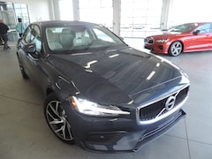 New 2019 Volvo S60 T5 Momentum Sedan 7JR102FK8KG009243 for sale in Burlington NC at Volvo Cars Burlington