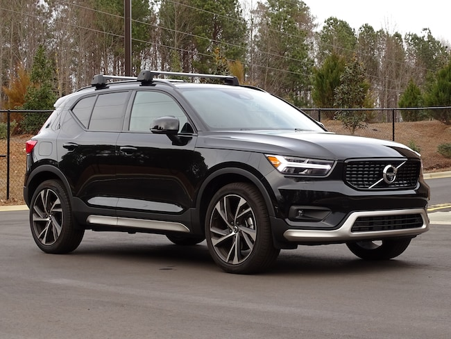 New 2019 Volvo XC40 For Sale at Volvo Cars of Cary | VIN: YV4162UM8K2048068