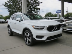 New 2020 Volvo XC40 T5 Momentum SUV YV4162UKXL2194083 for Sale in Charlotte, NC at Volvo Cars Charlotte
