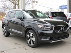 New 2019 Volvo XC40 T5 Inscription SUV YV4162UL6K2121798 for Sale in Charlotte, NC at Volvo Cars Charlotte