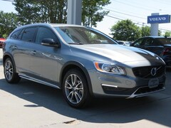 Used 2018 Volvo V60 Cross Country T5 AWD Wagon YV440MWK6J2054441 for Sale in Charlotte, NC at Volvo Cars Charlotte