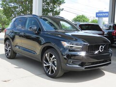 New 2019 Volvo XC40 T4 R-Design SUV YV4AC2HM9K2132063 for Sale in Charlotte, NC at Volvo Cars Charlotte