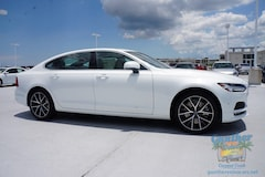 new 2018 Volvo S90 T6 AWD Momentum Sedan LVY992MKXJP031228 for sale in Coconut Creek near Fort Lauderdale, FL