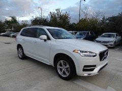 Used 2017 Volvo XC90 T5 FWD 5-Passenger Momentum Plus with Convenience YV4102KK5H1105635 for sale in Coconut Creek, FL