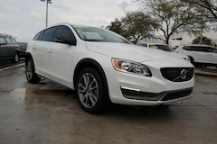 Certified Pre-Owned 2016 Volvo V60 Cross Country T5 AWD with Sunroof, BLIS & Navigation / for sale in Coconut Creek, FL