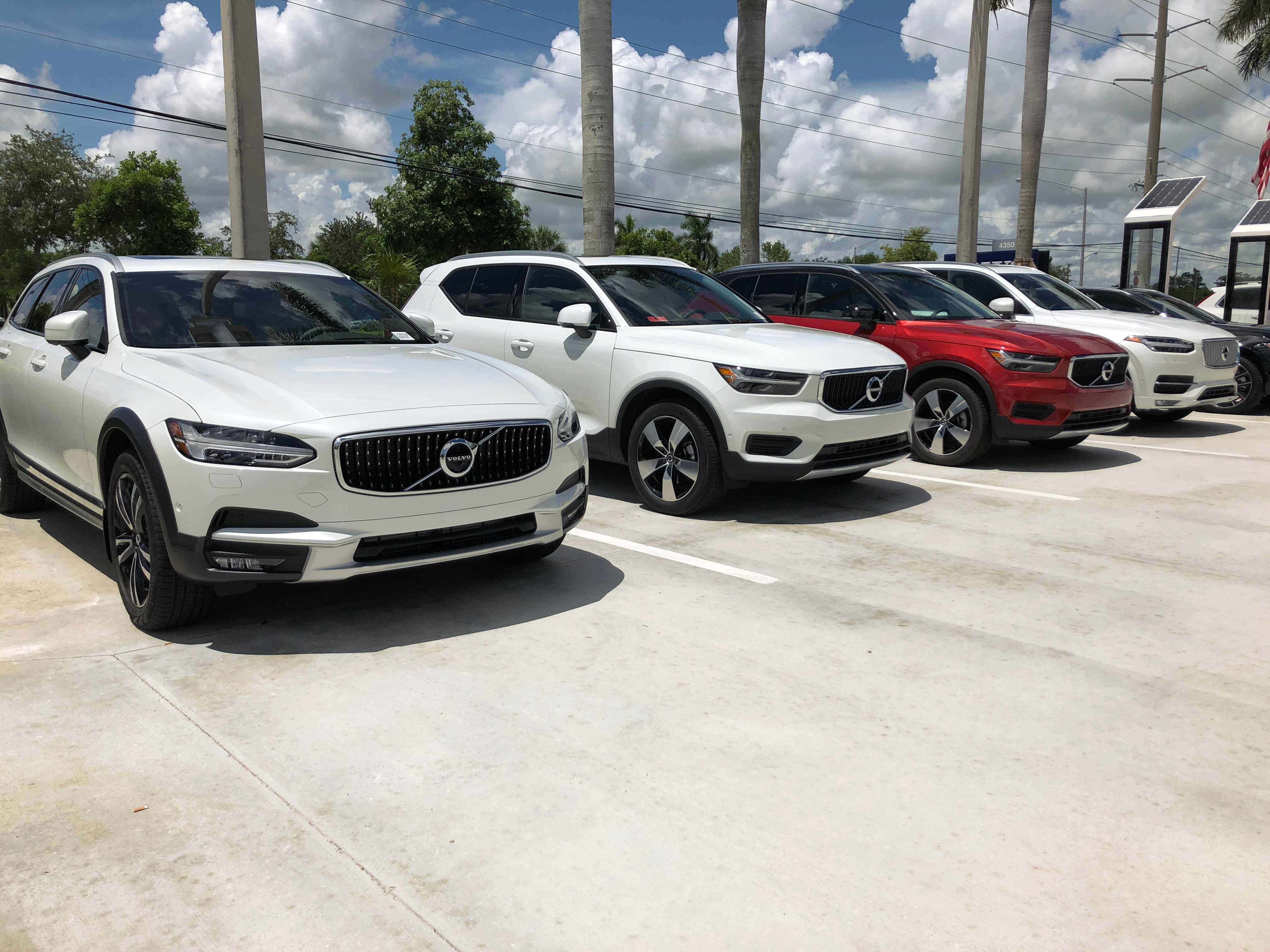 volvo suvs in the gunther volvo cars coconut creek dealership lot