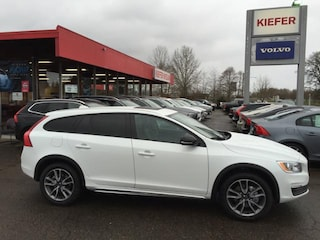 New  2018 Volvo V60 Cross Country T5 AWD Wagon V1257 in Corvallis, OR