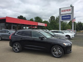 New  2018 Volvo XC60 T6 AWD Momentum SUV in Corvallis, OR