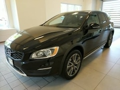 2017 Volvo V60 Cross Country T5 Wagon YV440MWK6H1037252