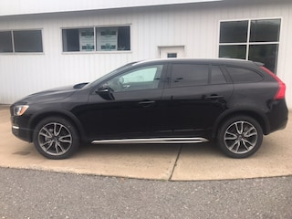 New 2017 Volvo V60 Cross Country T5 AWD Wagon 17V032 in Danville, PA
