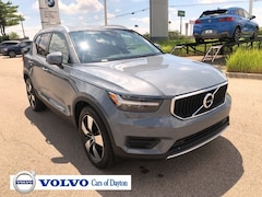 New 2020 Volvo XC40 T5 Momentum SUV 20V98 for Sale in Dayton, OH
