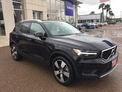 New 2019 Volvo XC40 T5 Momentum SUV YV4162UK2K2076933 for Sale in Edinburg, TX