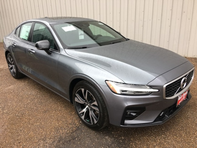 New 2019 Volvo S60 T5 R-Design Sedan in Edinburg, Texas, at Volvo of Edinburg