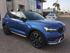 New 2019 Volvo XC40 T5 R-Design SUV YV4162UM6K2136178 for Sale in Edinburg, TX