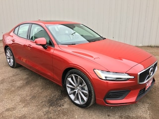 New 2019 Volvo S60 T6 Momentum Sedan 7JRA22TKXKG002129 for Sale in Edinburg, TX