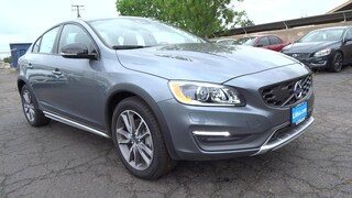 New 2016 Volvo S60 Cross Country T5 Platinum Sedan Fresno, CA